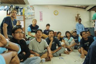 5SurfAid team briefi#257081