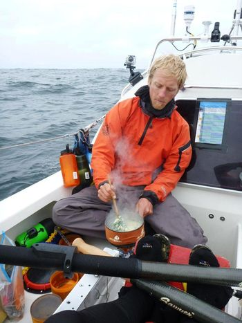 Markus-using-Jetboil-stove-to-cook-grub